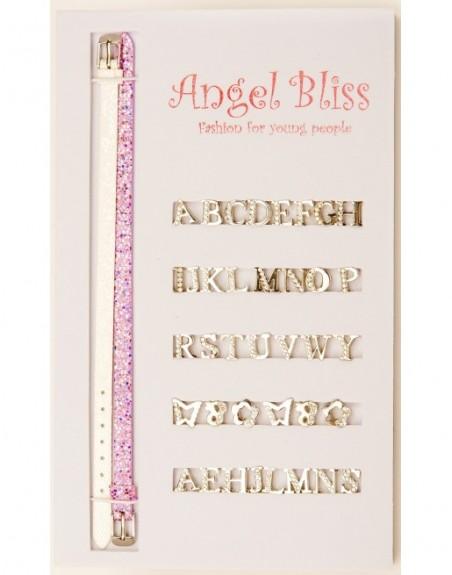 Design 24 - Silberfarbene Buchstaben teilweise mit hellen Steinen bestückt